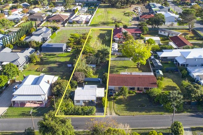 Picture of 7 Russell Street, ENCOUNTER BAY SA 5211