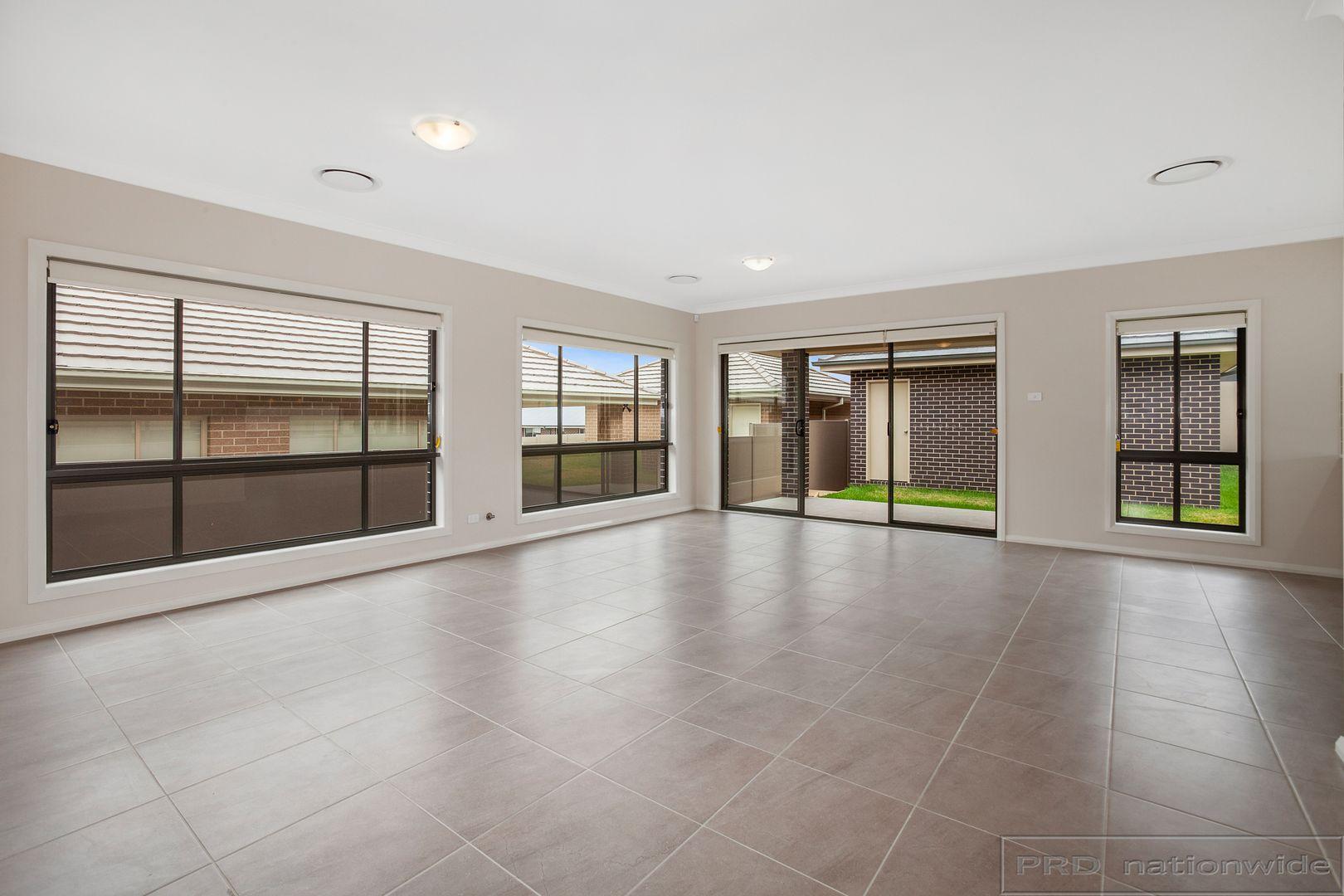 18 Ellerton Avenue, North Rothbury NSW 2335, Image 2