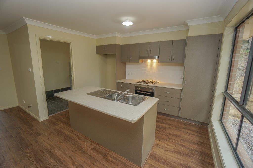 24 Charles Street, Lawson NSW 2783, Image 2