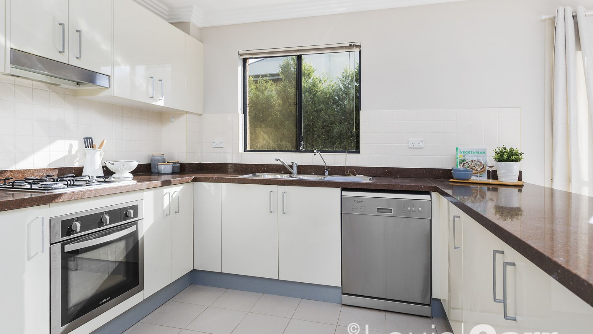 47/12-18 Hume Avenue, Castle Hill NSW 2154, Image 2