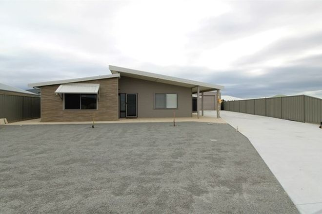 Picture of 25 Glover Crescent, GREEN HEAD WA 6514