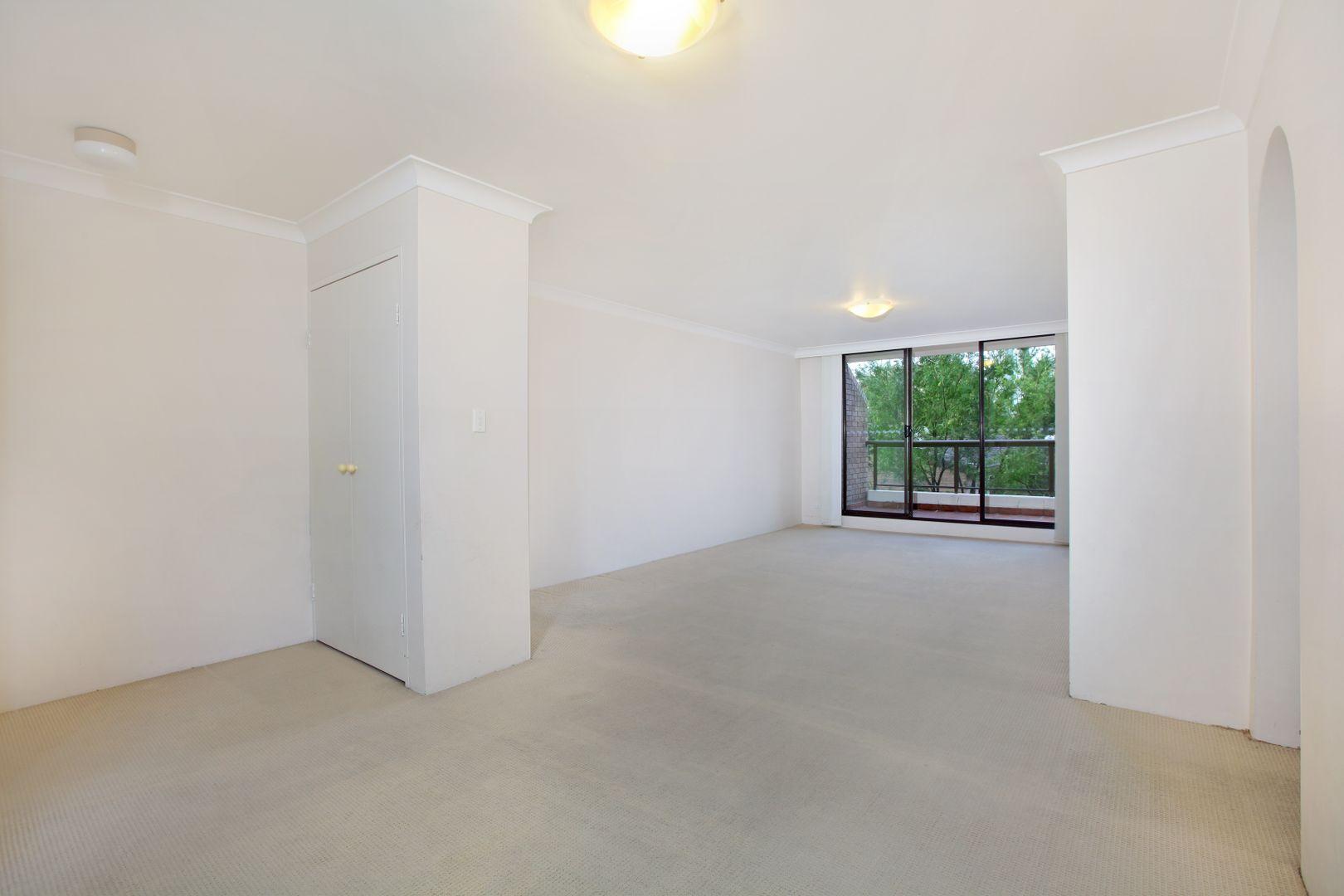 10/16 Leichhardt  Street, Glebe NSW 2037, Image 2