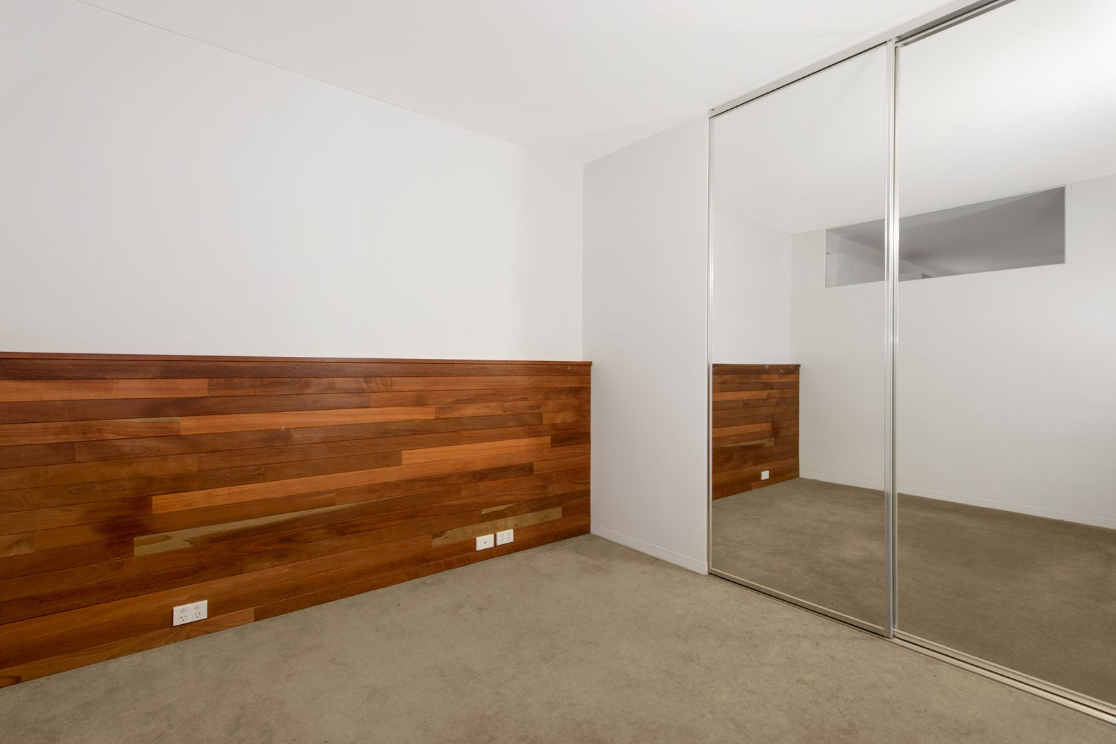 103/18 Russell Place, Melbourne VIC 3000, Image 2