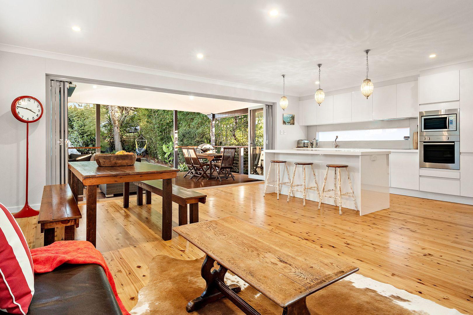 16 Macmillan Street, Seaforth NSW 2092, Image 1