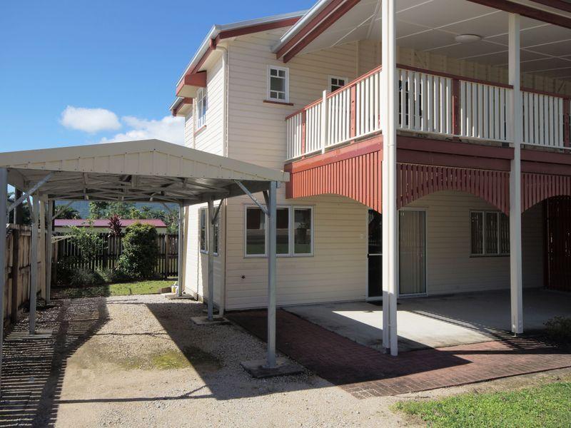 2/18 Bryant Street, Tully QLD 4854, Image 0
