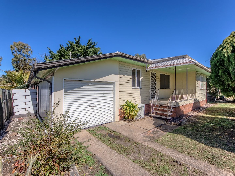 39 Vivian Street, Eastern Heights QLD 4305
