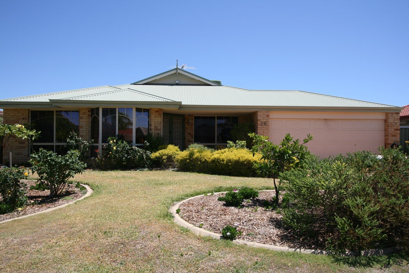 24 St Andrews Loop, Cooloongup WA 6168, Image 0
