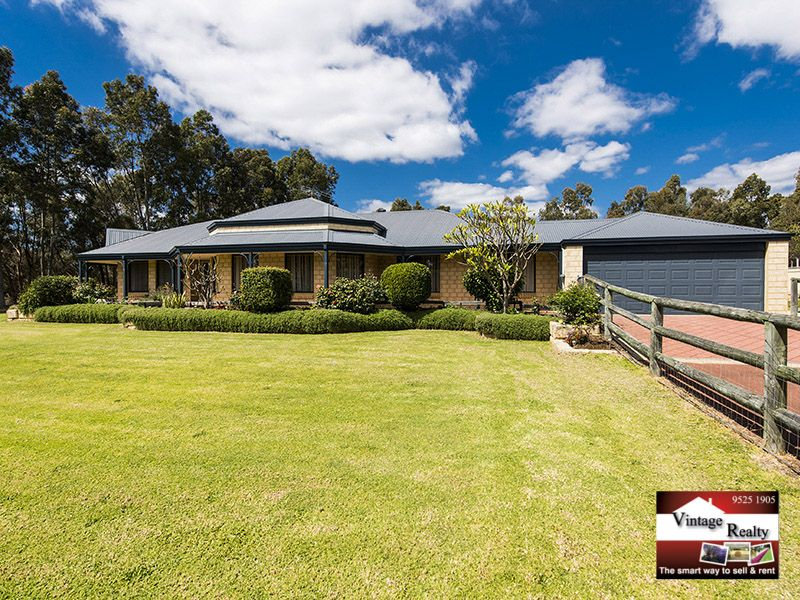 16 Thatcher Road, Byford WA 6122, Image 2