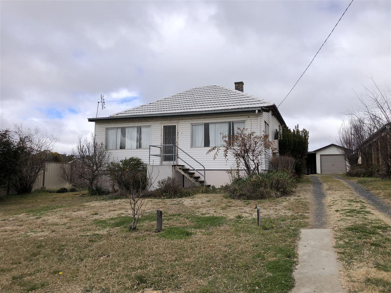 10e North Street, Walcha NSW 2354