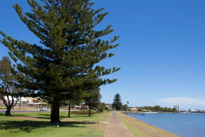 Picture of 1/137 Stirling Street, EAST BUNBURY WA 6230