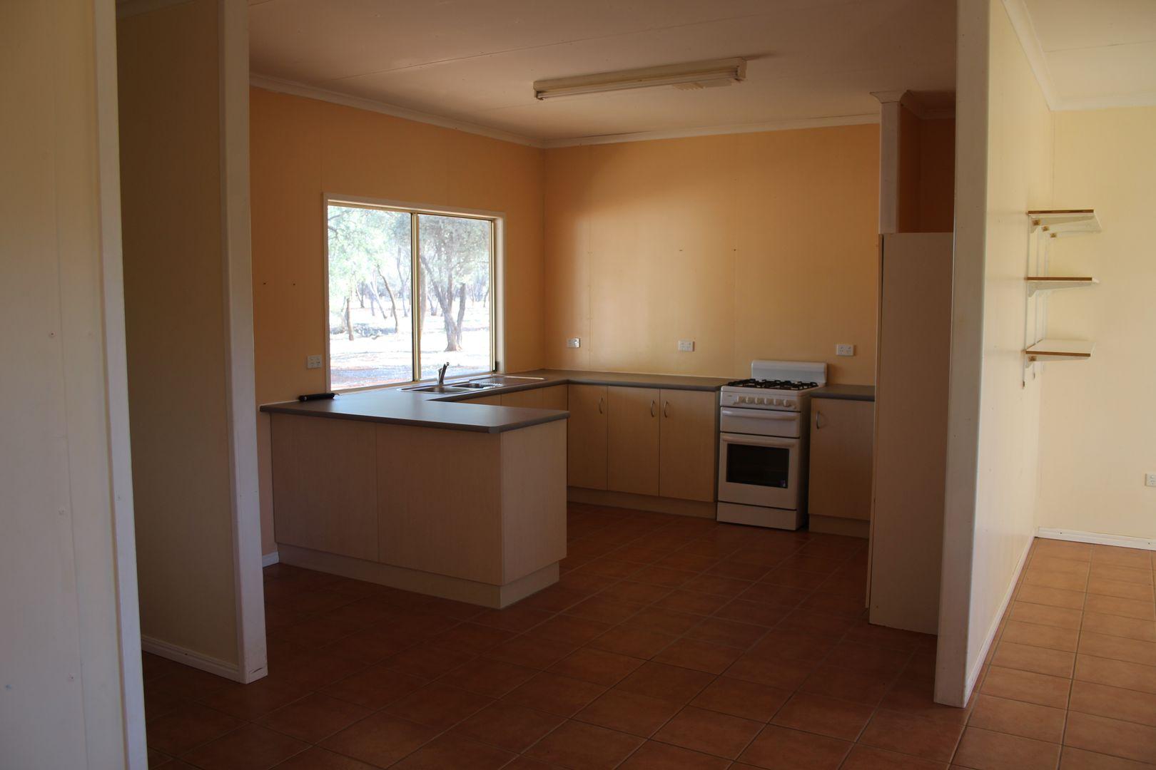 132 Murweh Drive, Charleville QLD 4470, Image 2