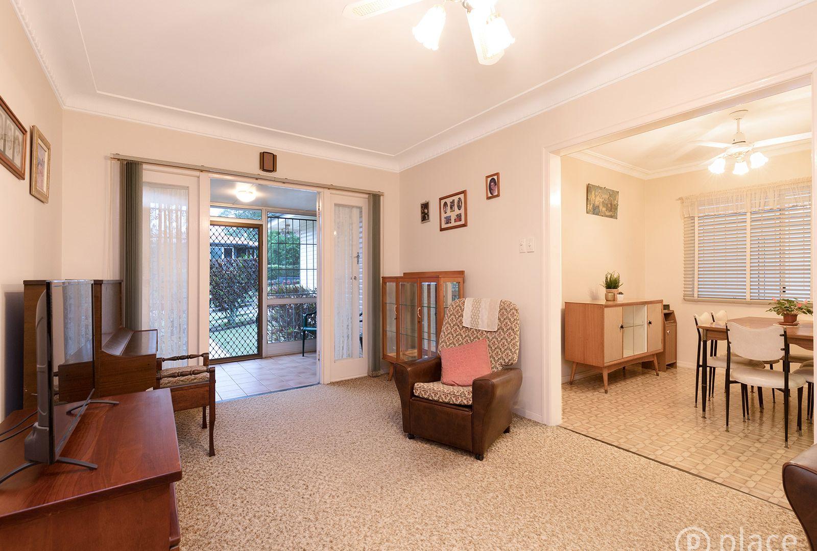 112 Eyre Street, Mount Gravatt East QLD 4122, Image 2