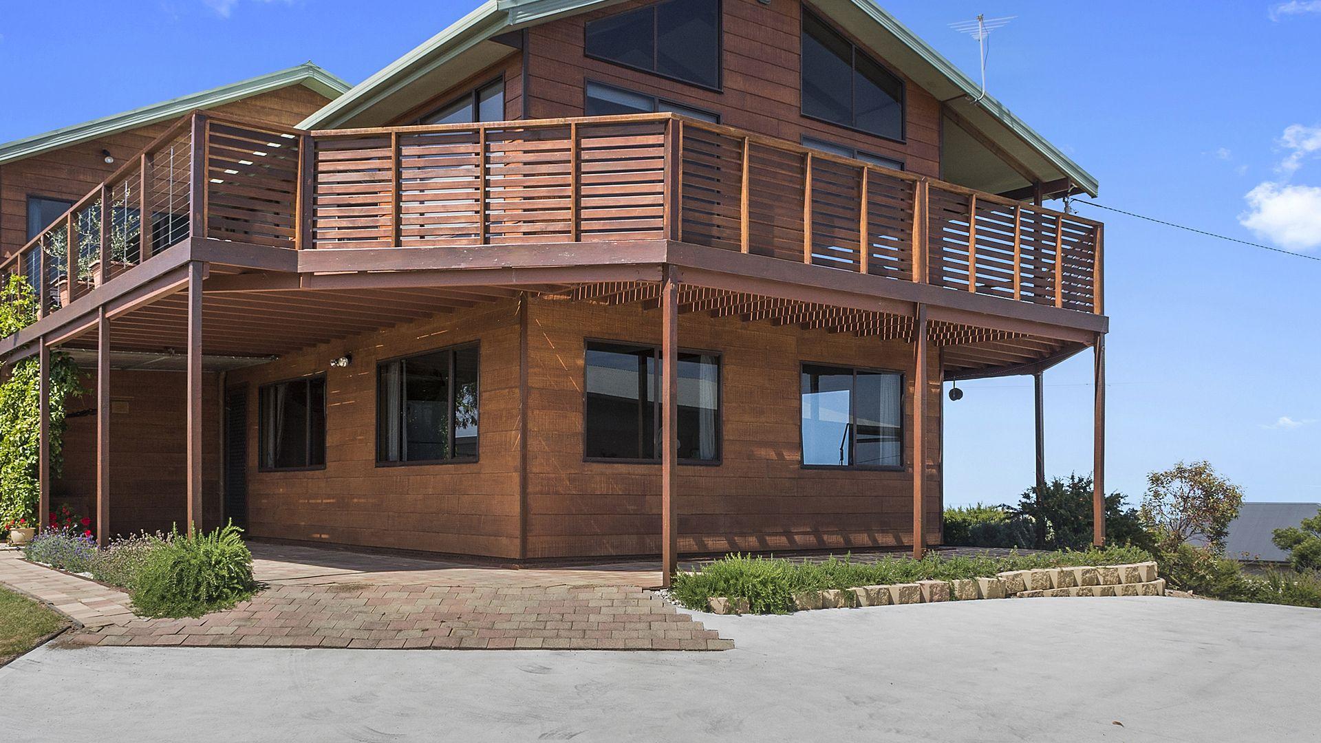 117 Swanwick Drive, Coles Bay TAS 7215, Image 2