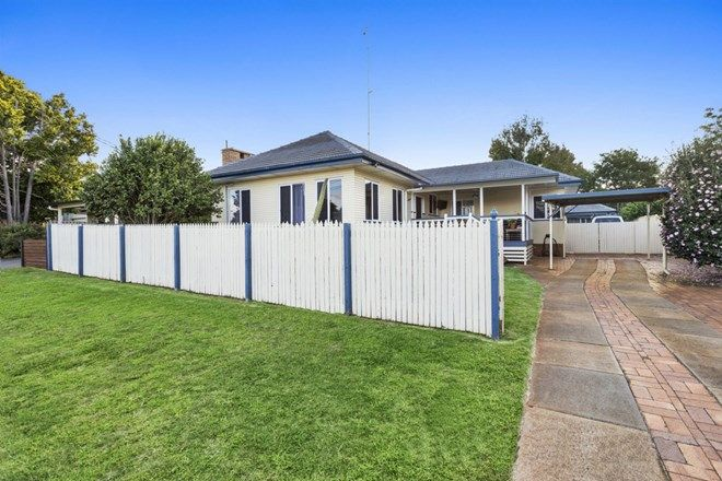 Picture of 3 Kowald Street, HARRISTOWN QLD 4350