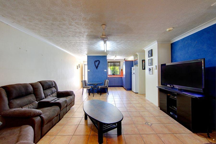 423 Ross River Road, Cranbrook QLD 4814, Image 2