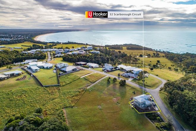 Picture of 32 Scarborough Circuit, RED HEAD NSW 2430