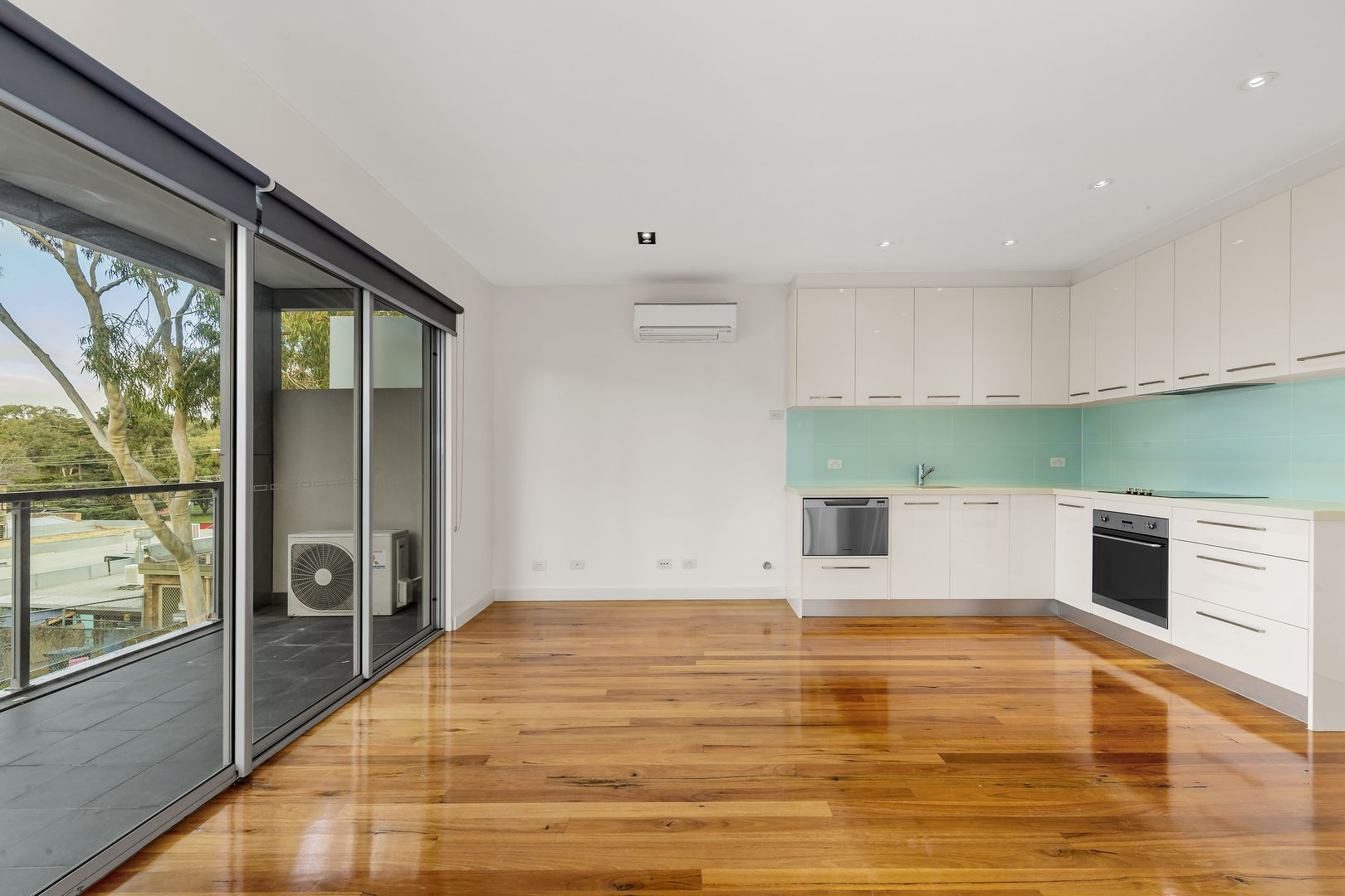 3/82A Aberdeen Road, Macleod VIC 3085, Image 0