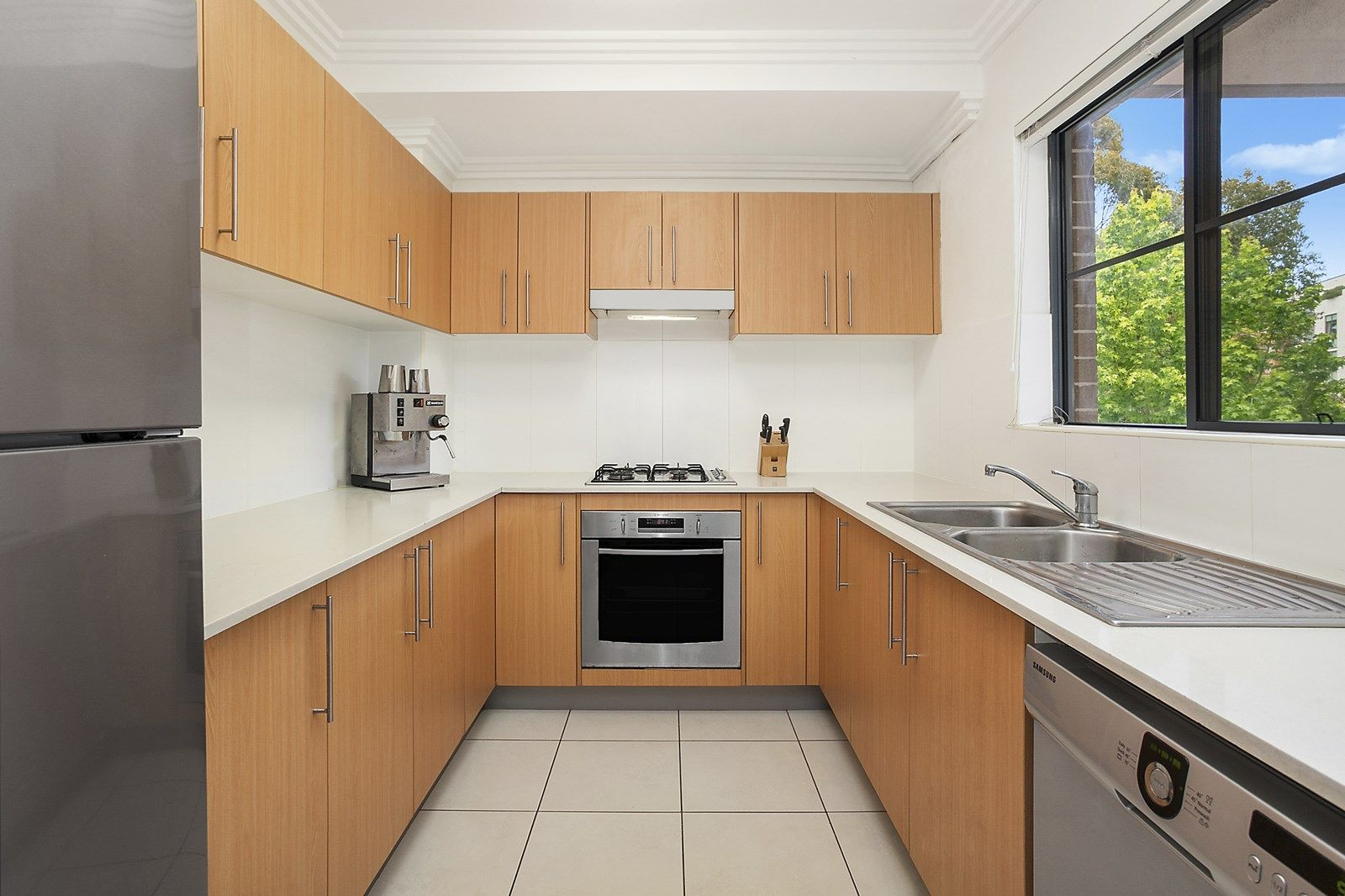 24/18-22 Gray Street, Sutherland NSW 2232, Image 2