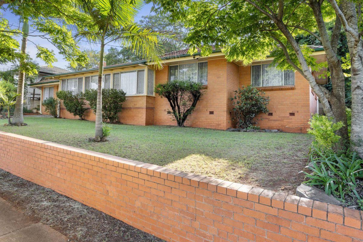 237 West Street, Harristown QLD 4350, Image 0