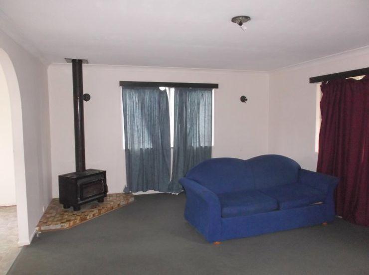 14 Nicol Street, Stanthorpe QLD 4380, Image 2