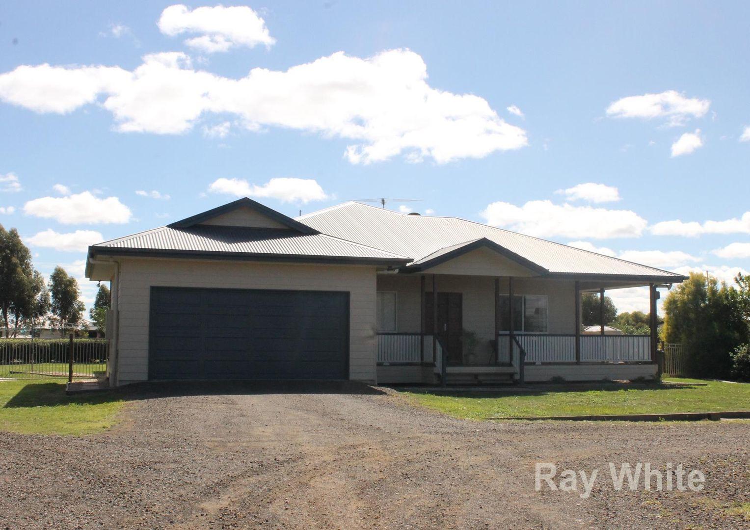 25 Diamond Drive, Dalby QLD 4405, Image 0