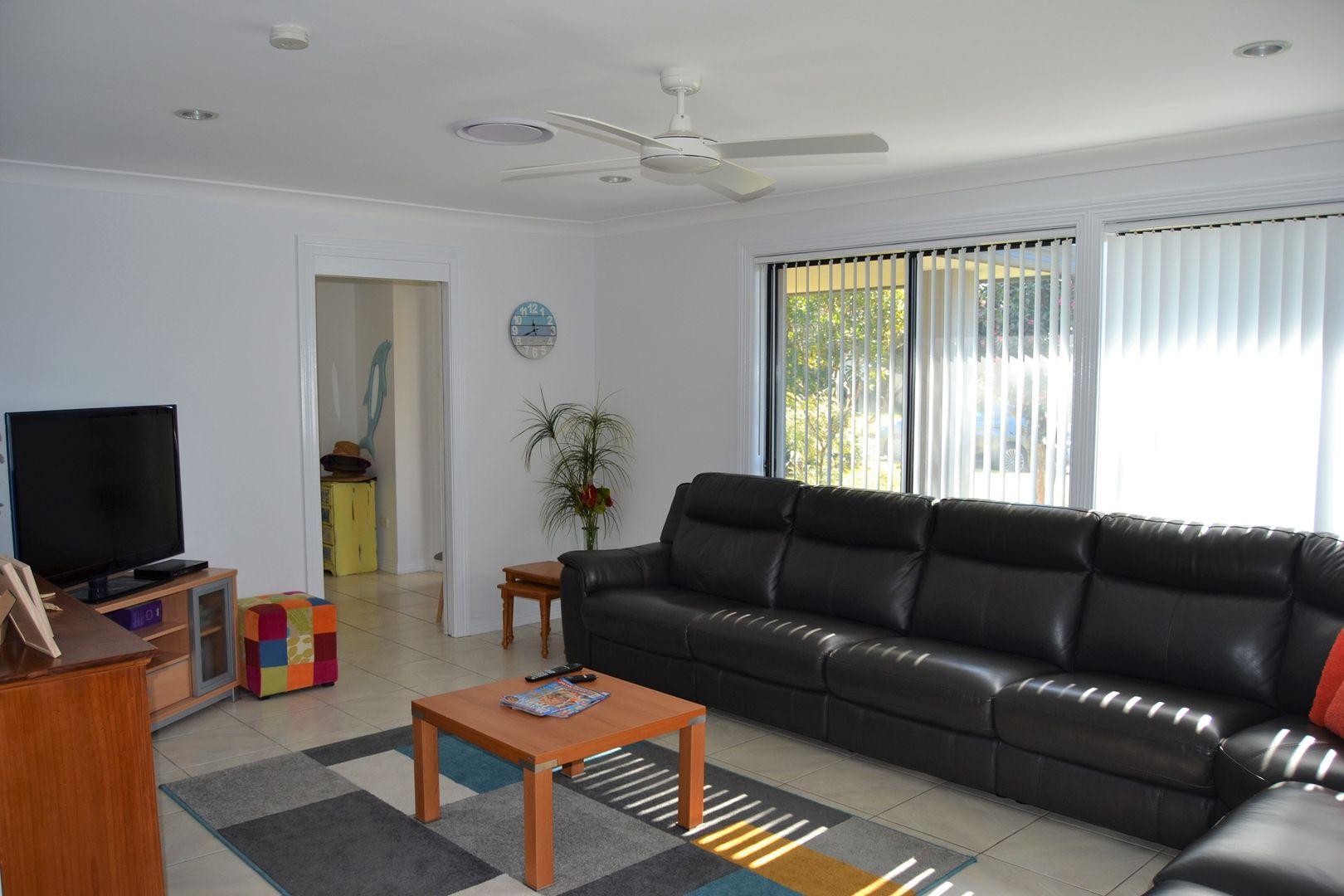 8 Davison Drive, Shoalhaven Heads NSW 2535, Image 2