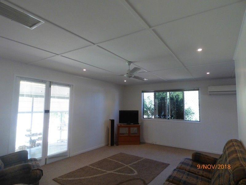 7 Zircon Street, Mount Isa QLD 4825, Image 2