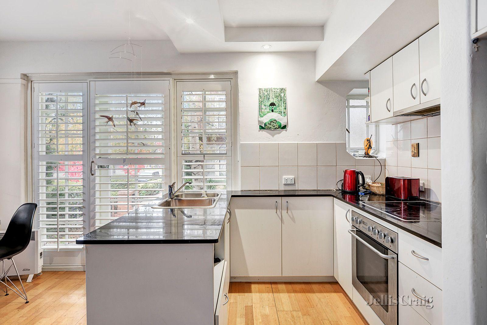 5 & 20/53 Powlett Street, East Melbourne VIC 3002, Image 2