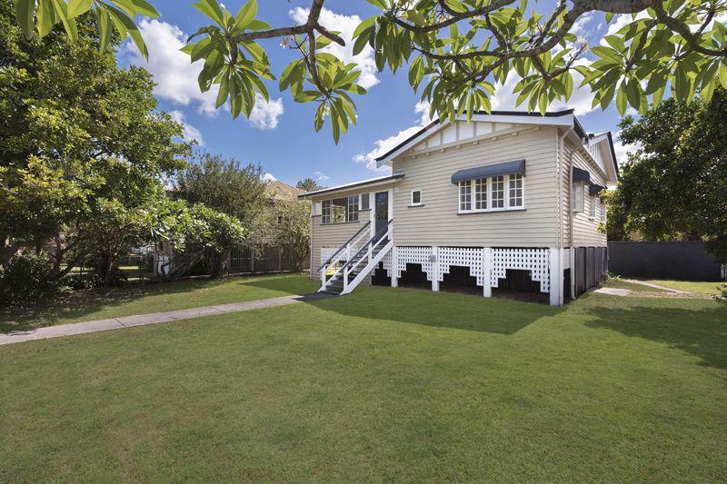 18 Windsor Street, Hamilton QLD 4007, Image 1