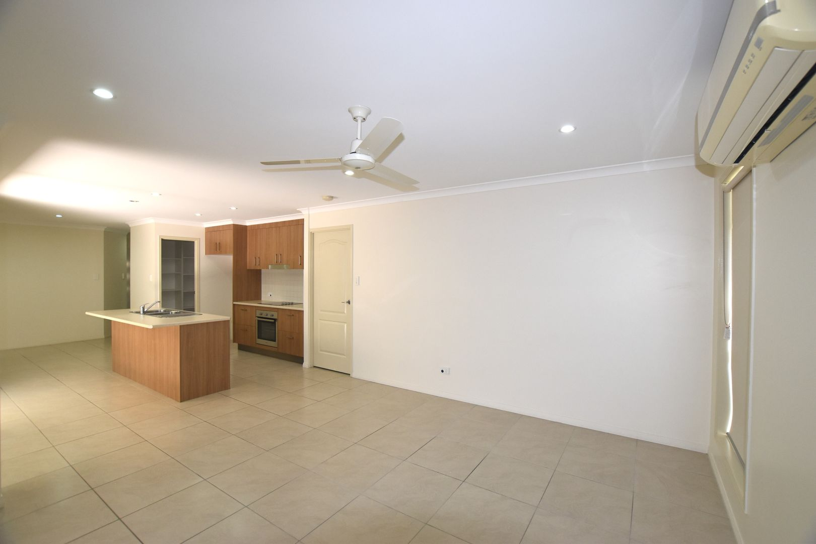 10 Fitzsimmons Street, South Gladstone QLD 4680, Image 2