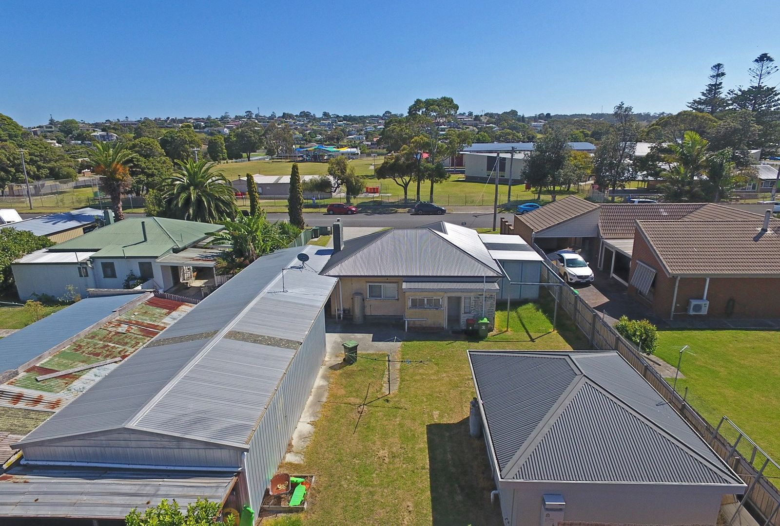 12 Lambert Street, Lakes Entrance VIC 3909, Image 1