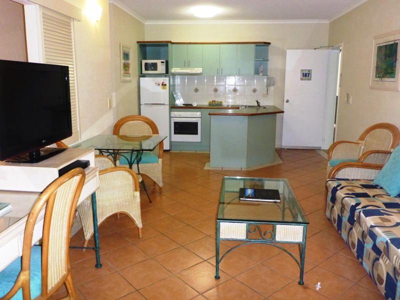 Triton St, Palm Cove QLD 4879, Image 1