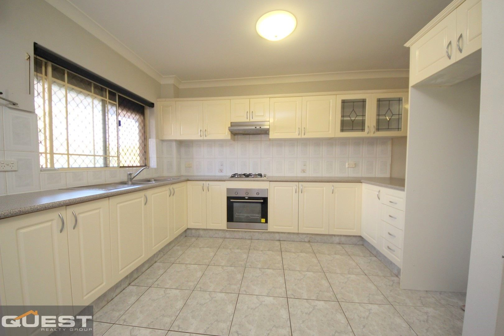 9/8-12 Bungalow Crescent, Bankstown NSW 2200, Image 2