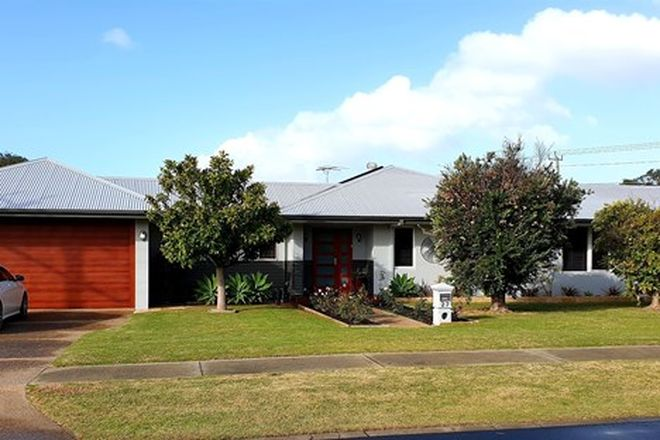 Picture of 27 Dolphin Road, WEST BUSSELTON WA 6280