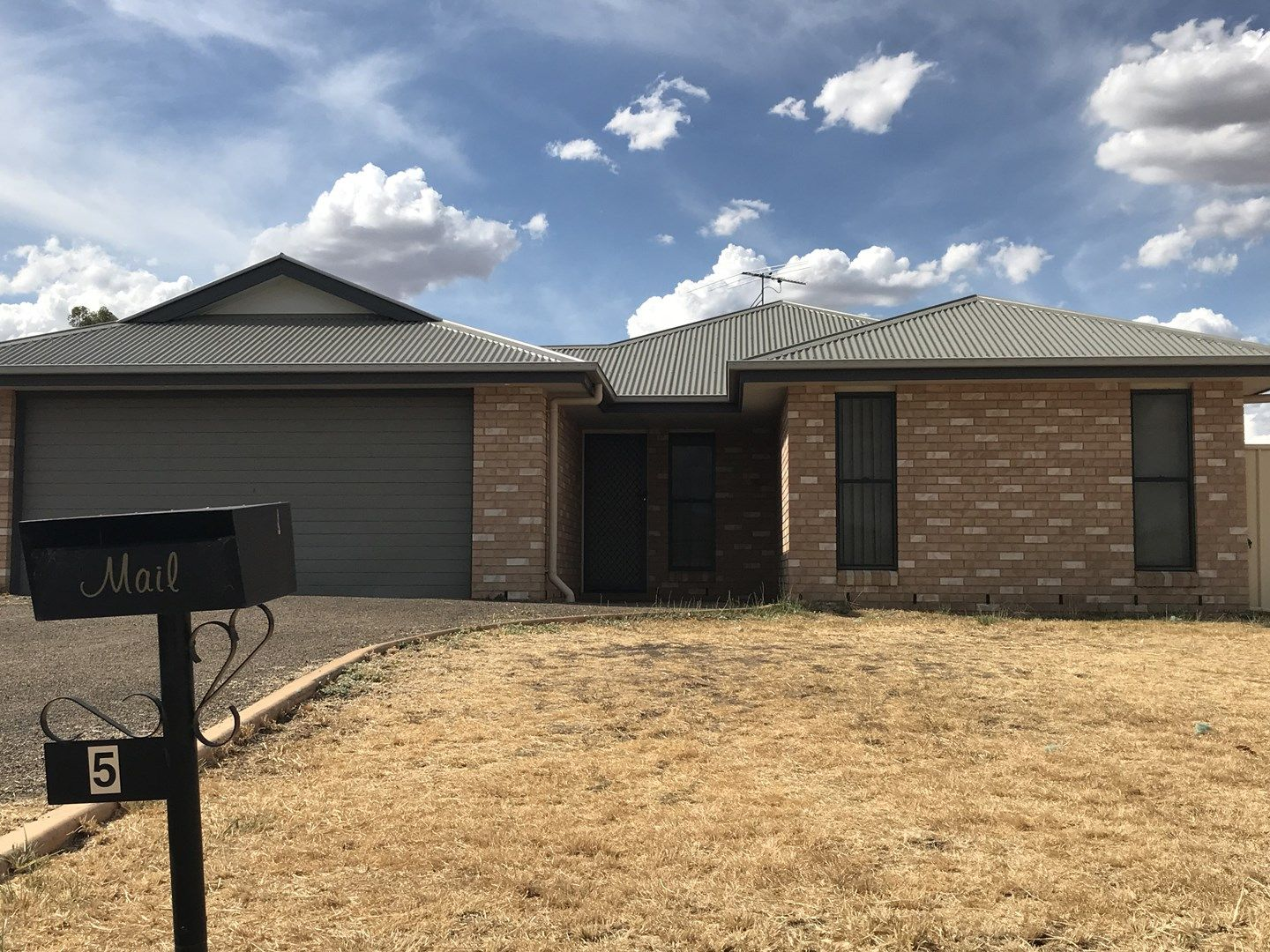 5 Barry Place, Dalby QLD 4405, Image 0
