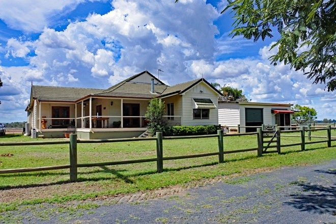 Picture of 553 Airport Road, THREE MOON QLD 4630