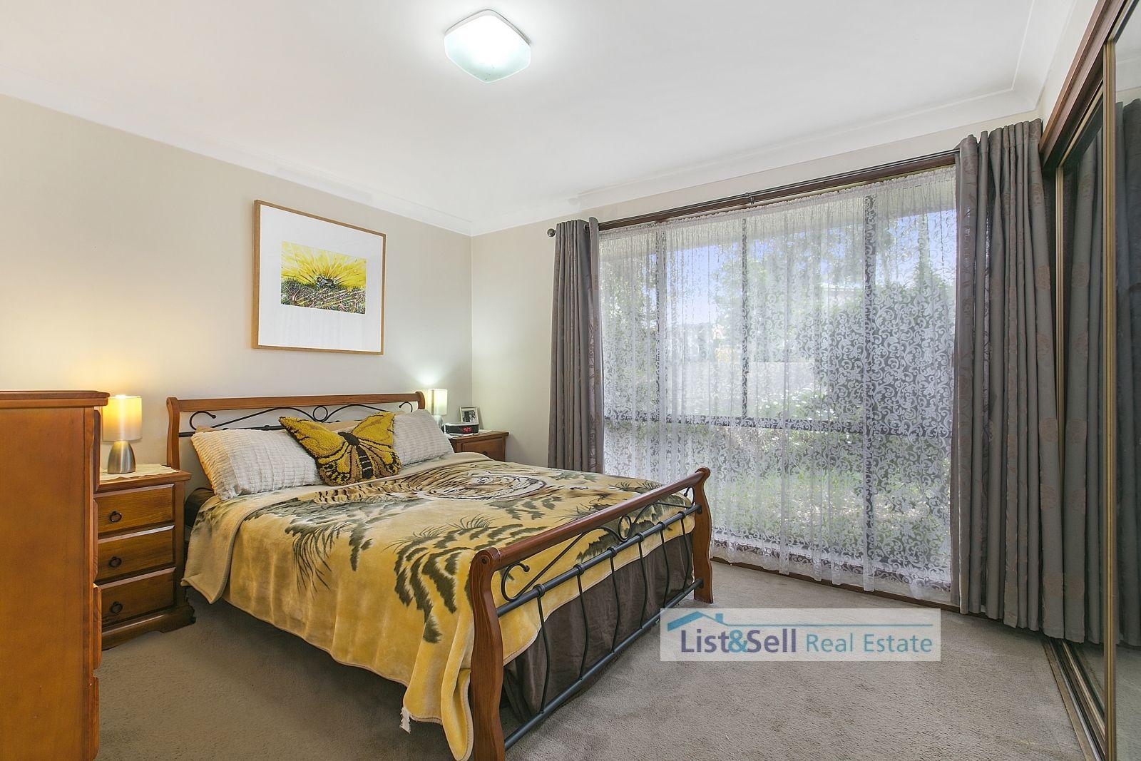 33/27 Waratah Crescent, Macquarie Fields NSW 2564, Image 2