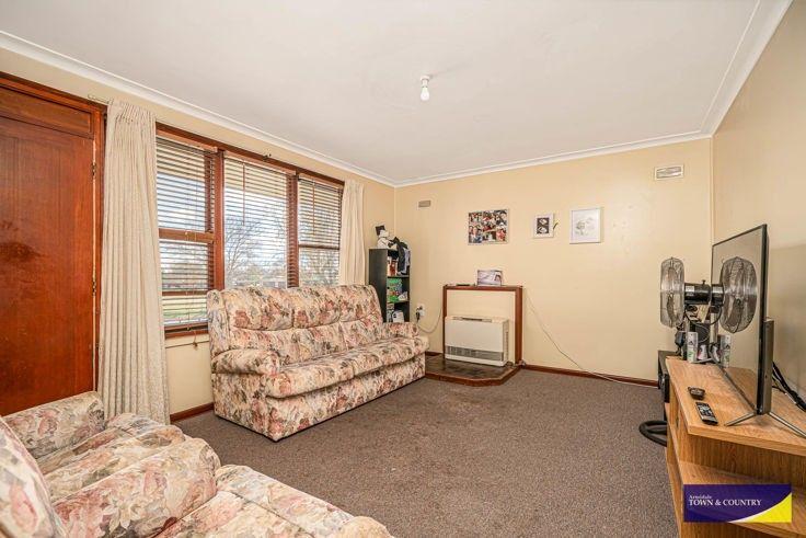 35 Abercrombie Street, Guyra NSW 2365, Image 1