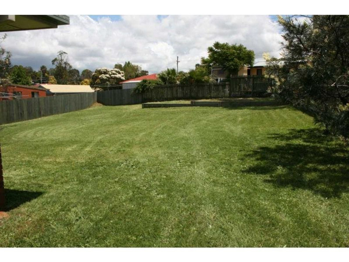 43 Marsala Court, Wilsonton Heights QLD 4350, Image 2