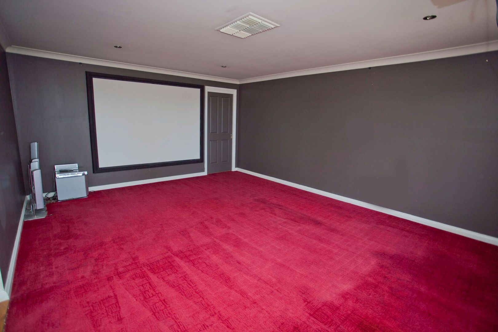 17 Racecourse Road, Miles QLD 4415, Image 1
