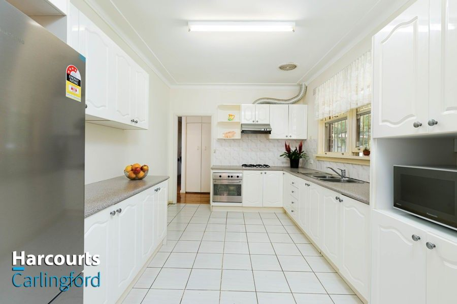 7 Bellevue Drive, Carlingford NSW 2118, Image 2