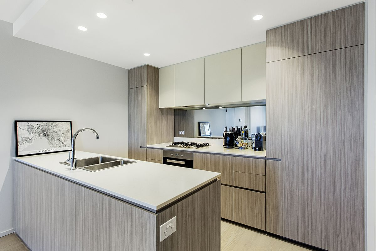703/8A Evergreen Mews, Armadale VIC 3143, Image 2