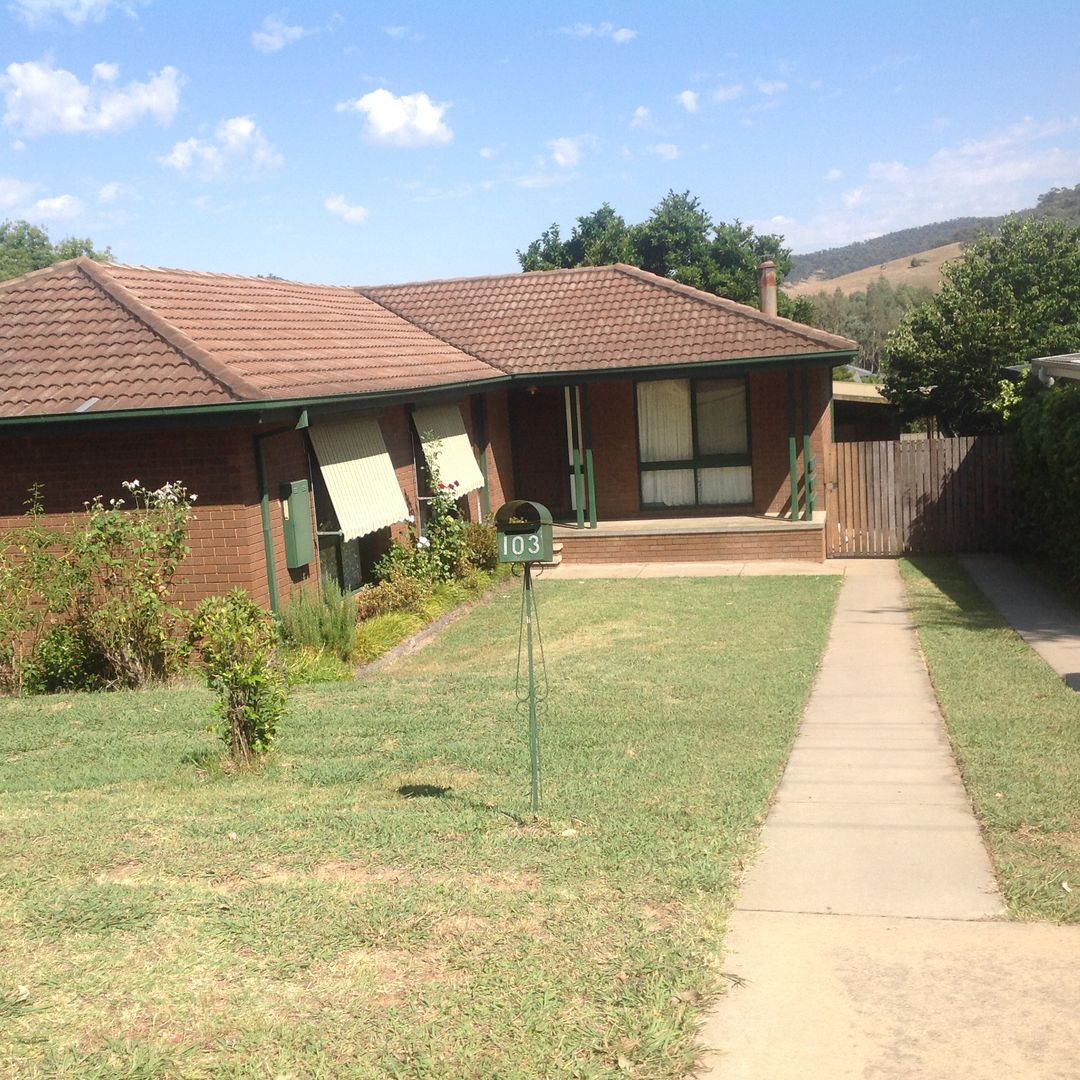 House For Rent Website: O'Donnell Ave, Myrtleford VIC 3737