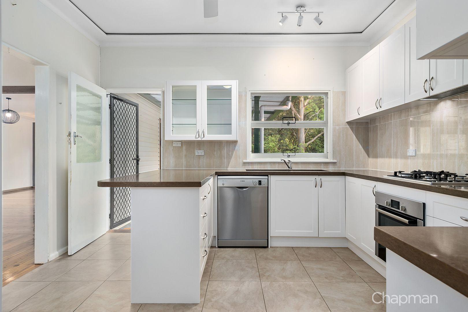 18 Catherine Crescent, Blaxland NSW 2774, Image 1