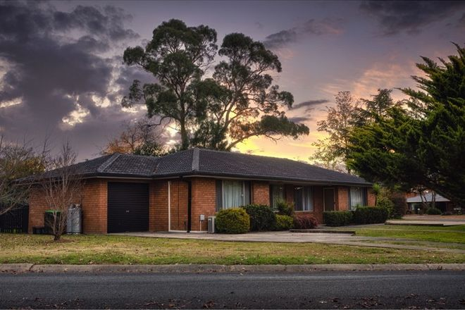 Picture of 8 Cynthia Crescent, ARMIDALE NSW 2350