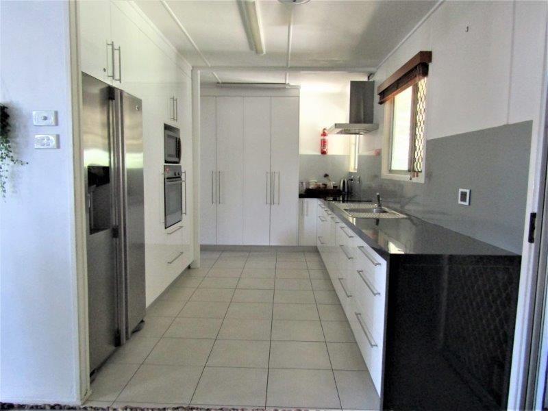 2 Cedar Street, Blackwater QLD 4717, Image 2