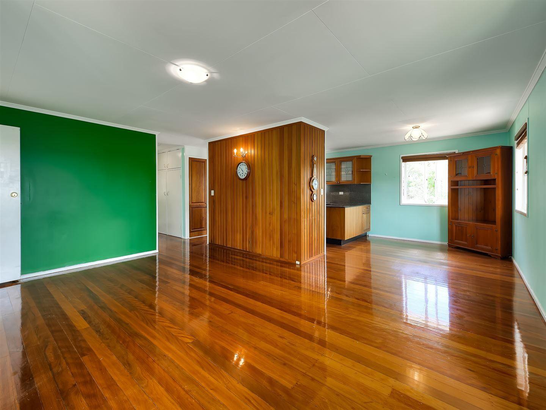 15 Hanbury Street, Chermside West QLD 4032, Image 2