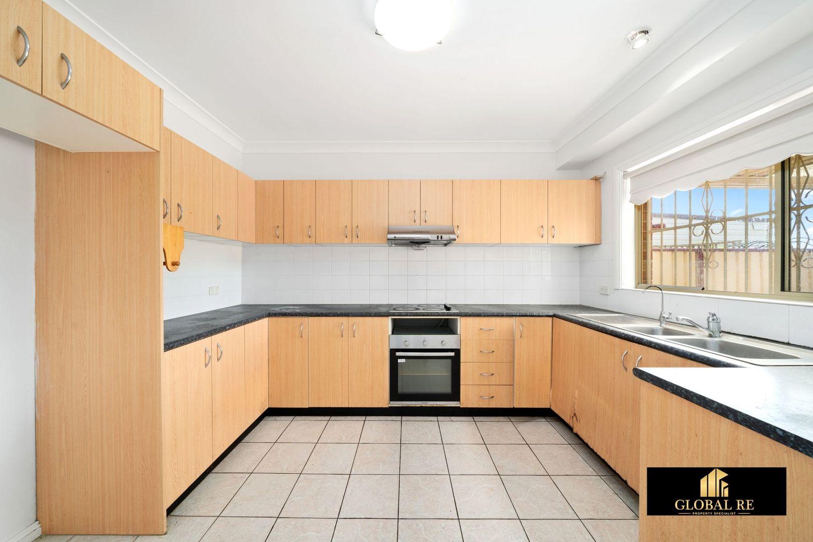1/30 Lime Street, Cabramatta West NSW 2166, Image 2