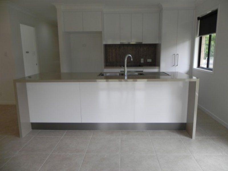 17 Rickertt Street, Capella QLD 4723, Image 2