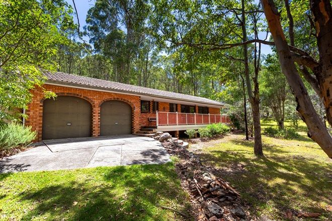 Picture of 22 Woodlands Drive, HALLIDAYS POINT NSW 2430